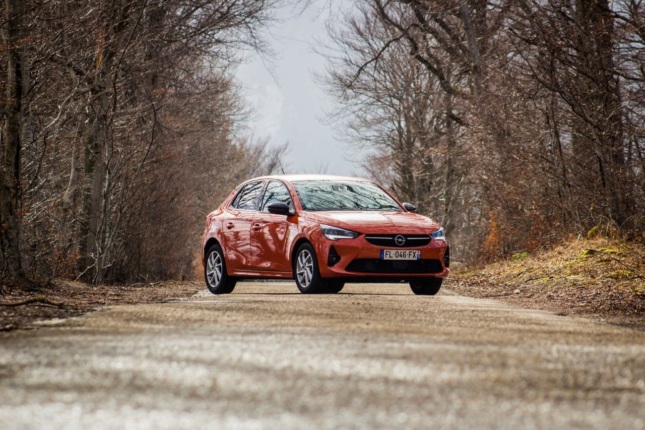 Opel Corsa orange